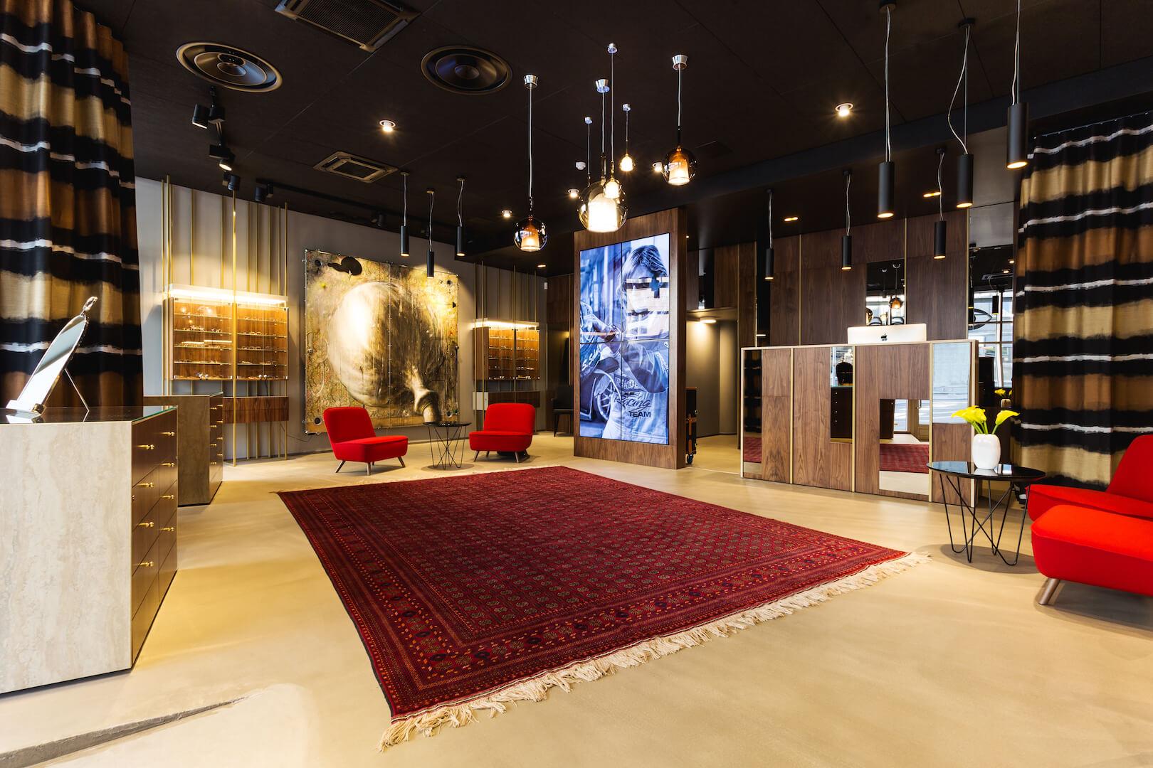 Silmalaser's luxurious showroom